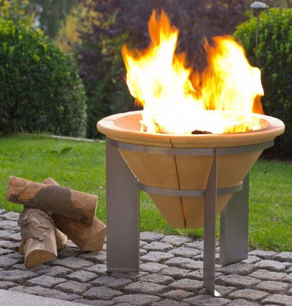 Feuerspeicher aus CeraFlam® Keramik mit Edelstahlgestell - FSS